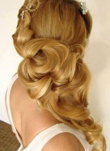 coiffure mariage blonde grosses boucles cheveux long
